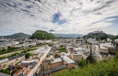 Salzburg, Ortsbild, Salzach, Dom, Kirche, Haus, Gebirge