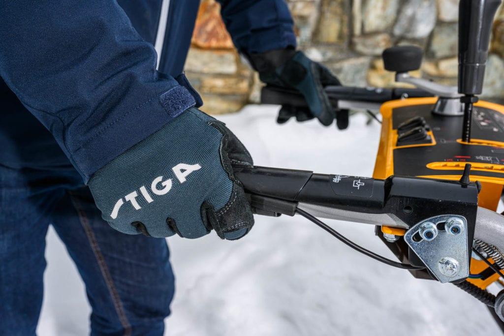 TIGA Handschuhe