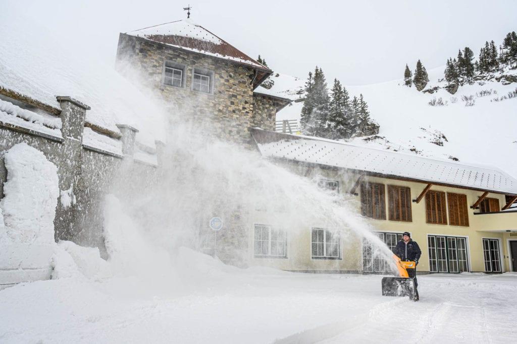 Schneefräse und Snowpowder